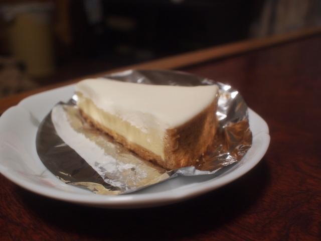 ケーキ まるたや チーズ